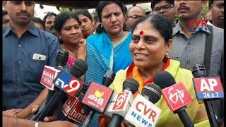 మహానేతకు కుటుంబ సభ్యుల నివాళి | YSR Jayanthi | YS Jagan Family Pays Tribute To YSR at Idupulapaya - CVRNEWSOFFICIAL