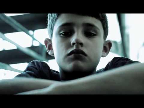 Fragilidade - Campanha contra a Violência Infantil e Feminino