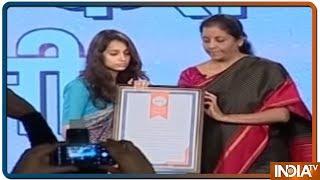 Pulwama Martyr Maj Vibhuti Dhoundiyal's Wife Nikita Kaul Speaks At India Tv Vande Mataram Conclave - INDIATV