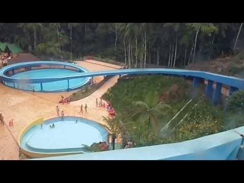Parque Aquático Cascanéia - Escorregador com bóia part VII