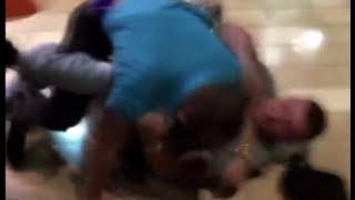 Brawl in Kentucky mall kicks off Black Friday violence - RUSSIATODAY
