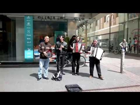 Köln Strassenmusiker - Ferdi Tayfur - Huzurum Kalmadi
