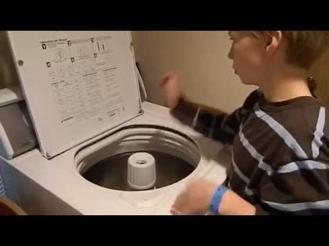 This kid plays a mean washing machine