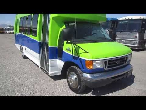 2007 Used Shuttle Bus Ford Turtle Top With Only 29,320 Miles And 17 + 1 or 16 + 2 Wheel Chairs