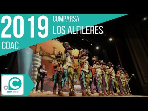 La agrupación Los alfileres llega al COAC 2019 en la modalidad de Comparsas. En años anteriores (2018) concursaron en el Teatro Falla como La sonrisa de Dios, consiguiendo una clasificación en el concurso de Preliminares.