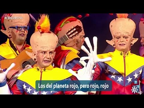 Sesión de Semifinales, la agrupación Los del planeta rojo, pero rojo, rojo actúa hoy en la modalidad de Chirigotas.