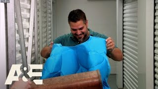 Storage Wars: Miami: Yorgen and Christian's Blue Muscle Suit (S1, E10) | A&E - AETV