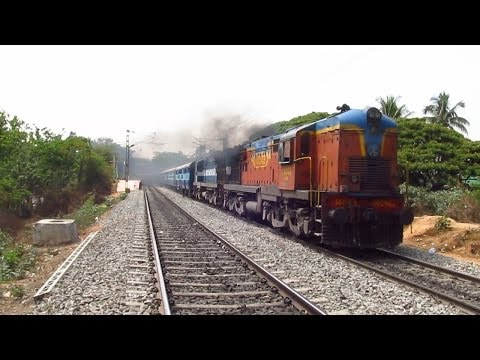 EXCELLENT SMOKING & HONKING BY WDM 3A 14043 HAULING 12975 / JAIPUR MYSORE ← SUPERFAST EXPRESS