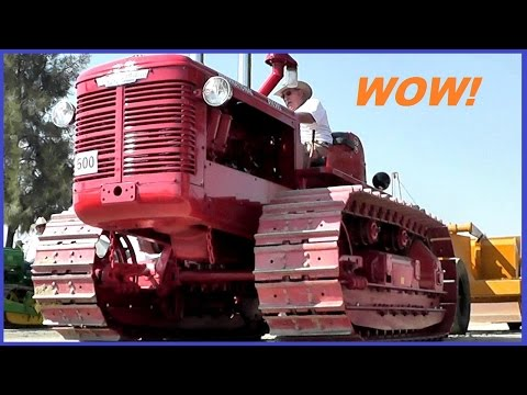 Antique Bulldozers and Crawlers  [HD]