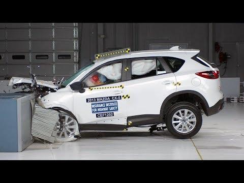 2013 Mazda CX-5 frontal offset test