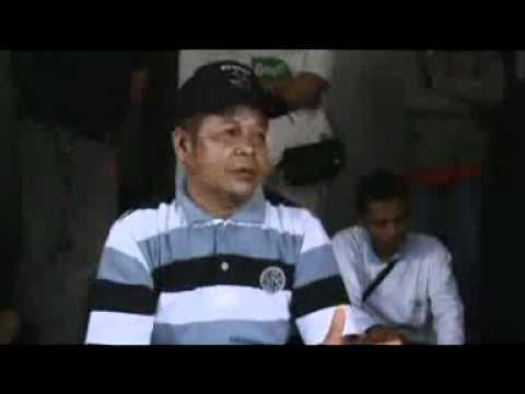 VIVAnews - Dialog Polisi dan Jamaah Ahmadiyah Sebelum Tragedi Cikeusik.flv
