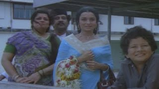 Asha Parekh's husband dies in a plane crash - Rani Aur Lalpari - EROSENTERTAINMENT