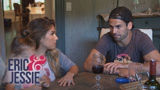 Jessie James Decker Is Convinced Their House Is Haunted | Eric & Jessie | E! - EENTERTAINMENT