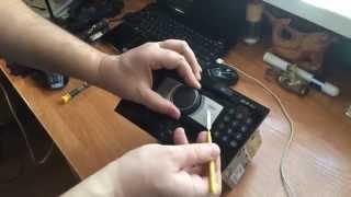 Как снять лицевую панель магнитолы CD70NAVI на Opel Astra H, Zafira B, Corsa D