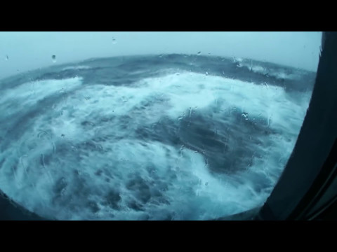 RAW FOOTAGE of Queen Mary 2 in Stormy Weather 