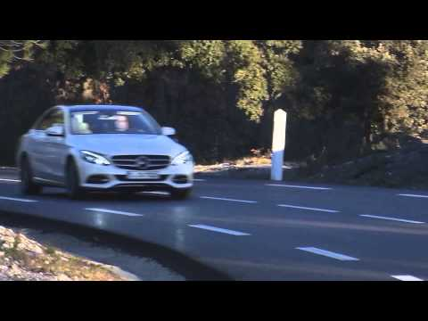 Mercedes-Benz C 220 BlueTec designo diamond white bright - Driving Video | AutoMotoTV