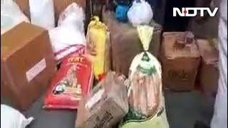 केरल की मदद को बढ़े हाथ, दिल्ली के केरल भवन में पहुंच रही राहत सामग्री - NDTVINDIA