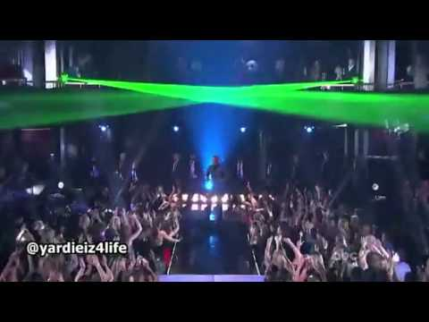 Chris Brown - Turn Up The Music (Live Dancing With The Stars 2012)