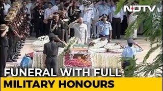 Farewell, Atal Bihari Vajpayee. PM Modi, Thousands Join Last Journey - NDTV