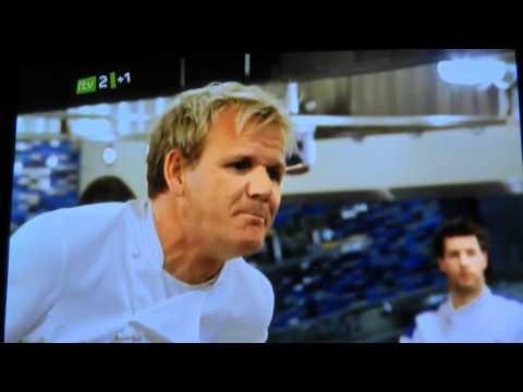Gordon Ramsay Owning a customer