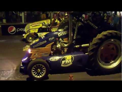 Iruña - 9na Arrancada de Tractores - Corridas 2012