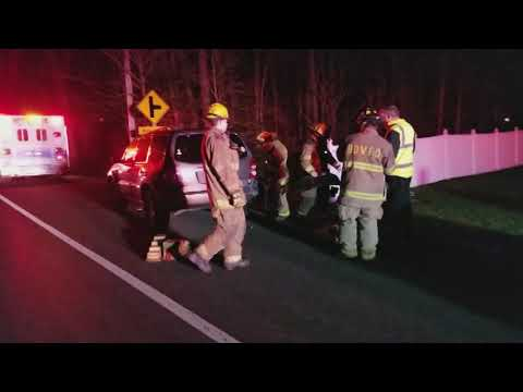 Motorist avoid serious injuries in Point Lookout Road crash ©TheBayNet.com 12-17-2017