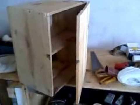 Armario com madeira reciclada !!! Ficou bom