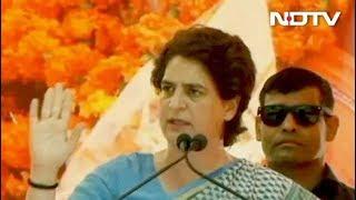 प्रियंका गांधी बोलीं- पीएम मोदी या तो विदेश में दिखते हैं या फिर अभिनेताओं के साथ - NDTVINDIA