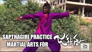 Sapthagiri practice marshal arts for Jakkanna | Sunil | Mannara Chopra - idlebrain.com - IDLEBRAINLIVE
