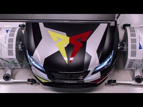 Autoperiskop.cz  – Výjimečný pohled na auta - Úspěšný lyžař Robin Holub jezdí se Seatem Leon Cupra s výkonem více než 500 koní