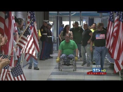 Vietnam Vet gets hero's homecoming