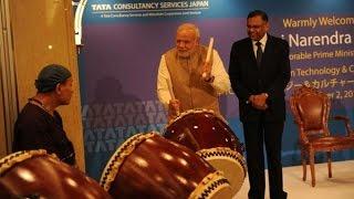 PM Narendra Modi turns into drummer - INDIATV