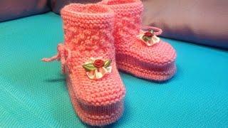 Вязание спицами . Нежные розовые пинетки #22