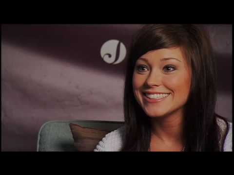 Kari Jobe - GMA Interview