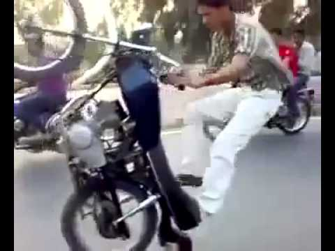 Motor bike Stunt in Lahore one wheeling