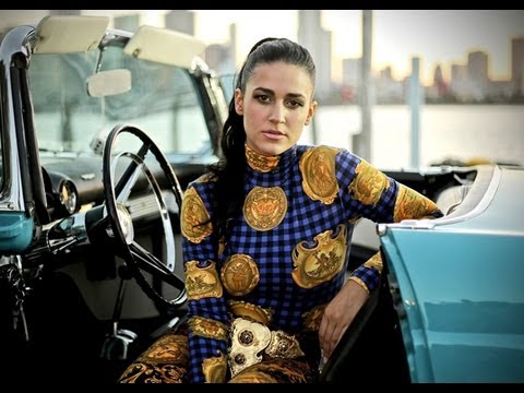 Kat Dahlia Interview by AJ El Kallejero