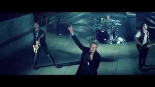 Papa Roach – Leader Of The Broken Hearts