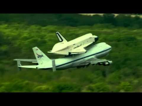 Space shuttle Enterprise catches ride on jumbo jet