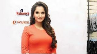 Sania Mirza At A Footwear Fashion Show In Kurla - THECINECURRY