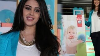 Yummy mummy Genelia D'Souza Promotes Pampers Baby Dry Pants - THECINECURRY
