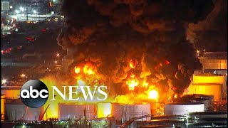 Massive chemical plant fire burns in Texas - ABCNEWS