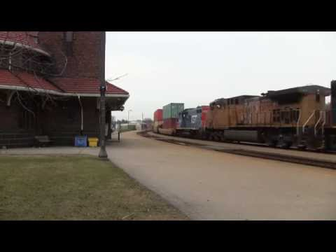 CN 382 Brantford Station UP & GTW Power ! [HD]