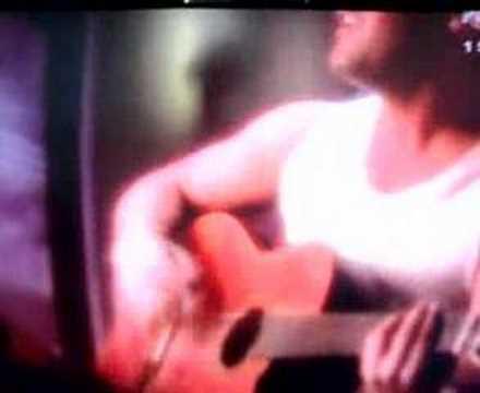 Yaşar-Sebepsiz Fırtına (Gamze Özçelik ile birlkte klip)