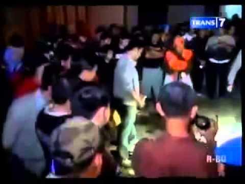 Pertandingan Persis Solo dan PSS Sleman Ricuh 7 Suporter Dikeroyok 1 Ditelanjangi