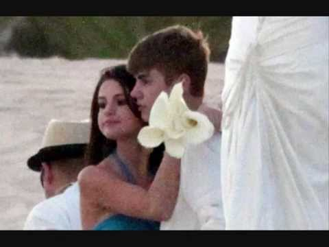 Justin Bieber & Selena Gomez Married in Mexico
