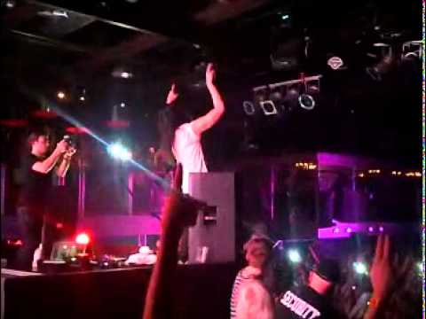 STEVE AOKI @ THE GUVERNMENT ''MAY 28 2011'' -bSWddiZwGiY