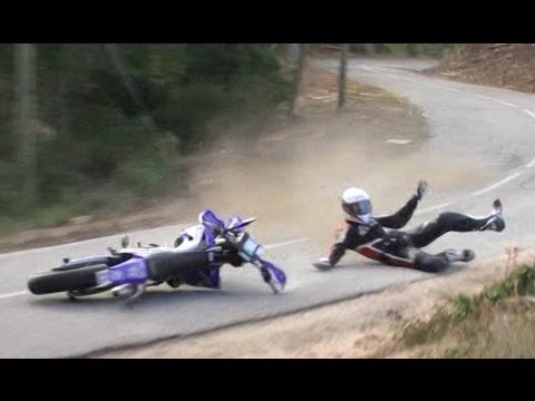LE MOTO TOUR C'EST DU BRUTAL 1/2 ( VIDEO OFFICIELLE MOTO JOURNAL )