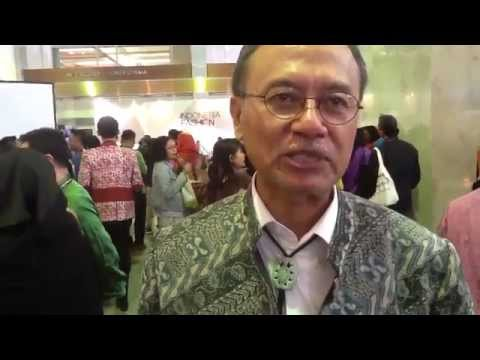 Opening Ceremony & Exhibition - Indonesia Fashion Week 2015