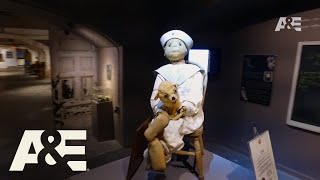 Ozzy & Jack's World Detour: Robert The Doll | Premieres Wednesday, November 8 at 10/9C | A&E - AETV