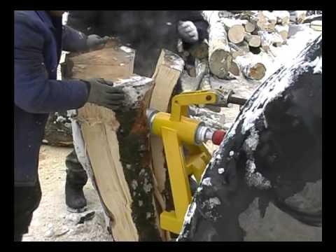 Despicator lemne cu antrenare pe tractor